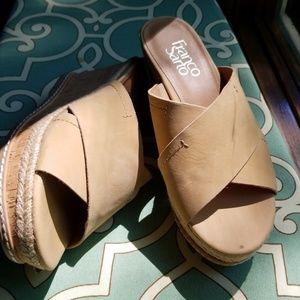 Fanulous NWOT Franco Sarto sandals.
